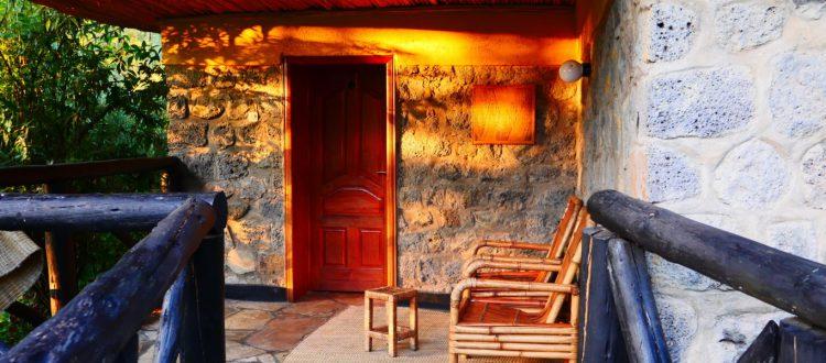 Patio -- Le Bambou Gorilla Lodge